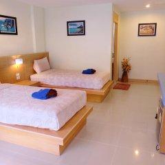 Отель Patong Eyes 3* Улучшенный номер с различными типами кроватей фото 5