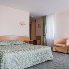 Амакс Сафар отель комната для гостей фото 5