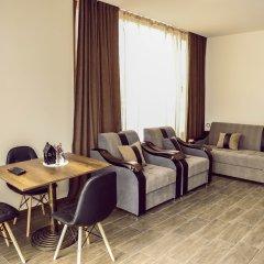 Отель Курортный отель Alaska Армения, Цахкадзор - отзывы, цены и фото номеров - забронировать отель Курортный отель Alaska онлайн комната для гостей