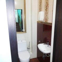Отель Lotus 2* Номер с общей ванной комнатой фото 3