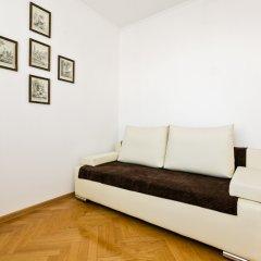 Апартаменты Черняховского 2 комната для гостей фото 4