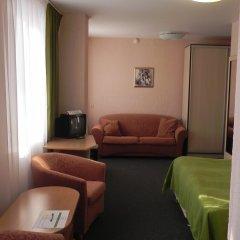 Гостиница Изумруд 2* Улучшенный номер разные типы кроватей фото 9