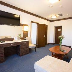 Президент Отель 4* Люкс с различными типами кроватей фото 3