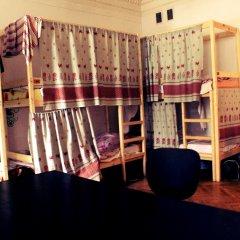 Хостел Любимый Кровати в общем номере с двухъярусными кроватями