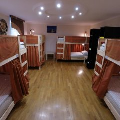 Гостиница Майкоп Сити Кровать в общем номере с двухъярусной кроватью фото 21