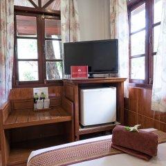 Отель ZEN Rooms Chaloemprakiat Patong удобства в номере фото 2