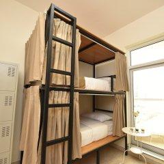 Отель Backpacker 16 Accommodation Кровать в женском общем номере с двухъярусной кроватью фото 3