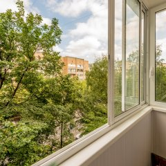 Апартаменты на улице Панфёрова 10 балкон