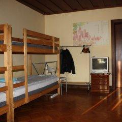 Атмосфера Хостел Кровать в мужском общем номере с двухъярусной кроватью фото 5