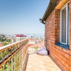 Отель Хостел M42 Грузия, Тбилиси - 2 отзыва об отеле, цены и фото номеров - забронировать отель Хостел M42 онлайн балкон
