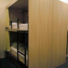 Хостел Кроличья Нора Кровати в общем номере с двухъярусными кроватями фото 3