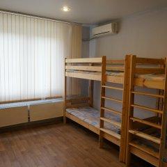 Хостел Рациональ Кровать в общем номере с двухъярусной кроватью фото 5