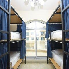Отель Backpacker 16 Accommodation Кровать в общем номере с двухъярусной кроватью фото 3
