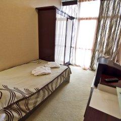 Гостиница Лазурный Алушта Стандартный номер с различными типами кроватей фото 3