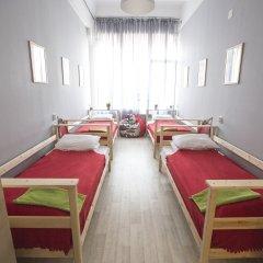 Хостел Bla Bla Hostel Rostov Кровать в мужском общем номере с двухъярусной кроватью