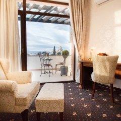 Laerton Hotel Tbilisi 4* Улучшенный номер с двуспальной кроватью фото 3