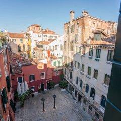 Отель Ка' деи Спечи Италия, Венеция - отзывы, цены и фото номеров - забронировать отель Ка' деи Спечи онлайн балкон