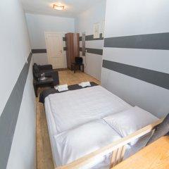 Мини-Отель Компас Номер с общей ванной комнатой с различными типами кроватей (общая ванная комната) фото 17