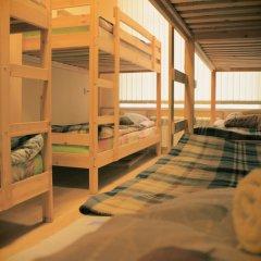 Хостел Свобода 9 Кровать в общем номере