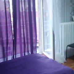 Мини-отель Лира Номер с общей ванной комнатой с различными типами кроватей (общая ванная комната) фото 12