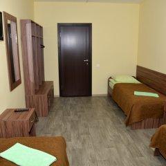 Отель Вояж 2* Кровать в общем номере фото 2