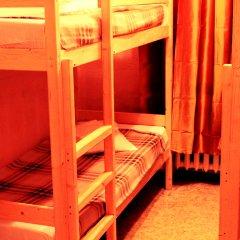 Хостел Любимый Кровати в общем номере с двухъярусными кроватями фото 25