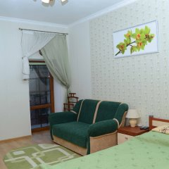Апартаменты У Ратуши комната для гостей