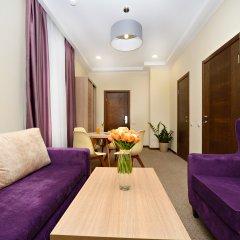 Гостиница Ярославская 3* Люкс с двуспальной кроватью