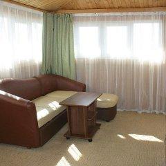 Мини-отель Банановый рай Люкс с разными типами кроватей фото 4