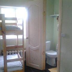 Хостел Олимп Номер с общей ванной комнатой с различными типами кроватей (общая ванная комната) фото 11