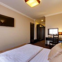 Гостиница Мартон Стачки 3* Номер Комфорт разные типы кроватей фото 2
