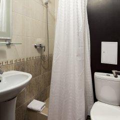Гостиница Радужный 2* Улучшенный номер с разными типами кроватей фото 11