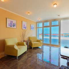 Гостиница Белый Грифон Апартаменты с различными типами кроватей фото 8