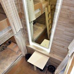 Хостел Казанское Подворье Кровать в мужском общем номере с двухъярусной кроватью