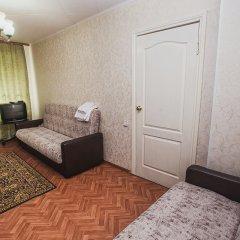 Гостиница на Перова 4 в Кургане отзывы, цены и фото номеров - забронировать гостиницу на Перова 4 онлайн Курган комната для гостей фото 2