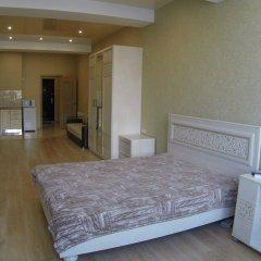 Гостиница Центральные апартаменты в Севастополе - забронировать гостиницу Центральные апартаменты, цены и фото номеров Севастополь комната для гостей фото 3