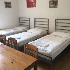 Hostel Rosemary Кровать в женском общем номере с двухъярусной кроватью