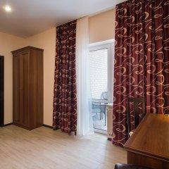 Гостиница Суворов 3* Улучшенный номер двуспальная кровать фото 3
