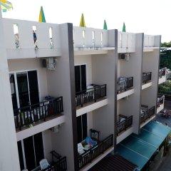Отель Kata Beachwalk Таиланд, Карон-Бич - отзывы, цены и фото номеров - забронировать отель Kata Beachwalk онлайн балкон