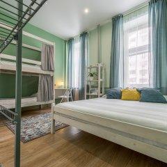 Хостел Маяковский Стандартный семейный номер с различными типами кроватей
