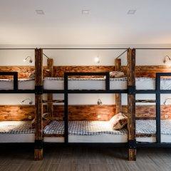 Хостел Five Stars Кровать в мужском общем номере с двухъярусной кроватью