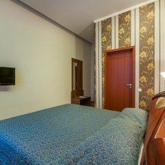 Крон Отель 3* Стандартный номер с разными типами кроватей фото 3