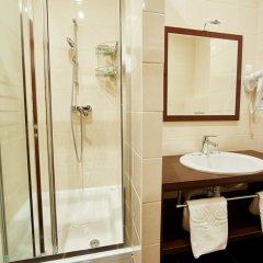 Отель Мелиот 4* Улучшенный номер