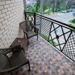 Гостиница Суворов 3* Улучшенный номер двуспальная кровать фото 8