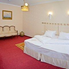 Отель Бристоль 4* Улучшенный номер