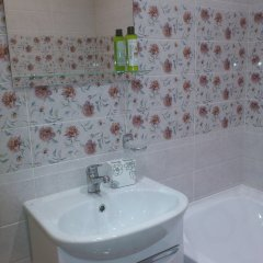 Апартаменты у аэропорта ванная фото 2