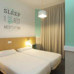 Отель Pillow Ramblas 2* Стандартный номер