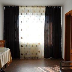 Гостиница Россия в Нальчике 5 отзывов об отеле, цены и фото номеров - забронировать гостиницу Россия онлайн Нальчик комната для гостей фото 3