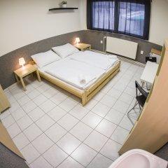 Хостел Seven Prague Номер категории Эконом с различными типами кроватей фото 2