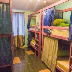 Хостел РусМитино Кровати в общем номере с двухъярусными кроватями